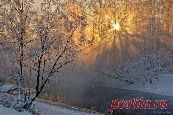 Рассвет на Истре, Подмосковье. Автор фото – Игорь Соболев: Доброе ли у вас утро после пятничного вечера?