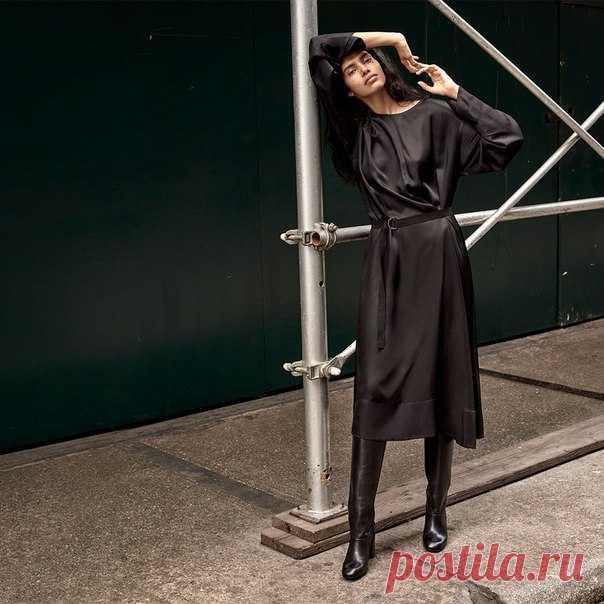 Мечтаете об идеальном черном платье, которое вы сможете надеть куда угодно и когда угодно? Читайте наш новый материал, героиней которого стала модель и еще одна наша осенняя муза Pooja Mor. #HMMagazine