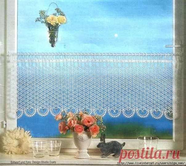 Воздушная ажурная шторка для кухни.  Большой выбор пряжи - 100% хлопок!  https://www.mag-yarn.ru/index/100_khlopok/0-39  #шторкадлякухни #вязанаяшторка #шторкакрючком #хлопок100 #пряжахлопок #вязаниекрючком #узоркрючком #пряжа #купитьпряжу