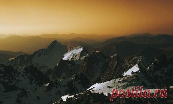 Перевал Трусо, Грузия. Авто фото – da miane: nat-geo.ru/photo/user/314352/