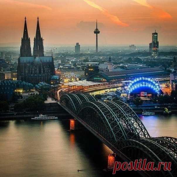 Закат над Кёльном, #Германия@discoverygroup