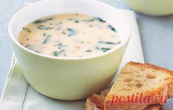 Яичный суп на обед для моего младшего сыночка «Яичная долина»    Такой суп можно есть по 3 порции за раз!           Ингредиенты: Бульон куриный — 2 л.Яйца — 4 шт.Зеленый лук — небольшой пучокСоус соевый — 2 ст.л.Крахмал — 1 ст.л. Приготовление:1. В кастрюлю выли…