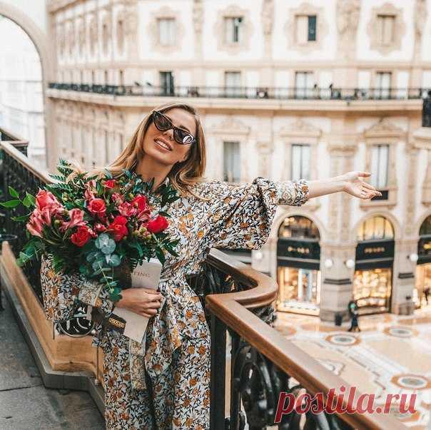 Блогер Мария Балуева (instagram.com/baluevama) в Милане в великолепном и одновременно очаровательном образе из коллекции H&M! Блуза: Брюки: #HMFavourites