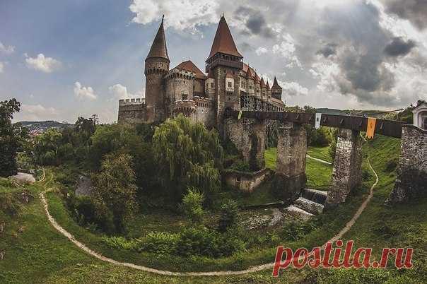Замок Ворона.Румыния