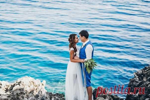 💕 Свою свадьбу Костя и Регина провели на жарком Кипре, наслаждаясь завораживающей красотой природы и друг другом 💕