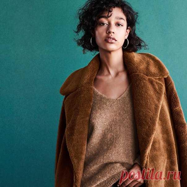 Думаете, как создать новый стильный образ для осеннего сезона? Познакомьтесь с нашей коллекцией актуальных моделей премиального качества! Уютный трикотаж, брюки и женственные блузки уже доступны онлайн на hm.com #HM