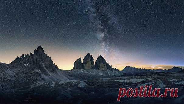 La foto del día. La vía mlechnyy sobre las Dolomitas.