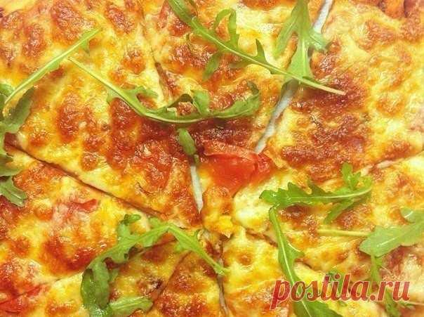 Этот рецепт теста для пиццы, наконец, успокоил мой вкус. Она идеальна!