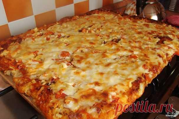 Быстрая пицца Быстрая пицца  Быстрая пицца - рецепт для тех, кто любит пиццу, но ленится ее готовить по всем правилам итальянской кухни. Упрощаем рецепт до безобразия, но получаем все равно очень вкусную и аппетитн…