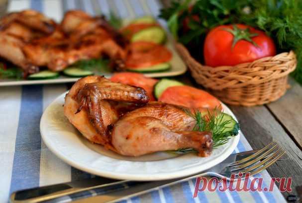 Цыплята «Аврора»    Цыплята-корнишоны – отличный вариант для обеда или ужина. Быстро готовятся, мясо у них нежное и диетическое.  Описание приготовления: В качестве маринада для птицы можно использовать рассол или мар…