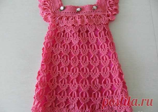 платье для девочки узором перо ангела вязание крючком детям видео