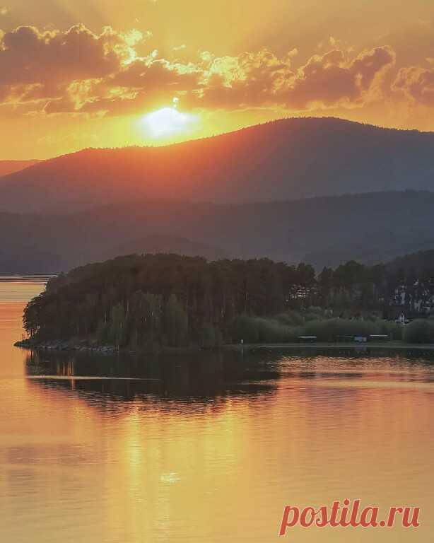 ღЧелябинская область. Озеро Тургояк.