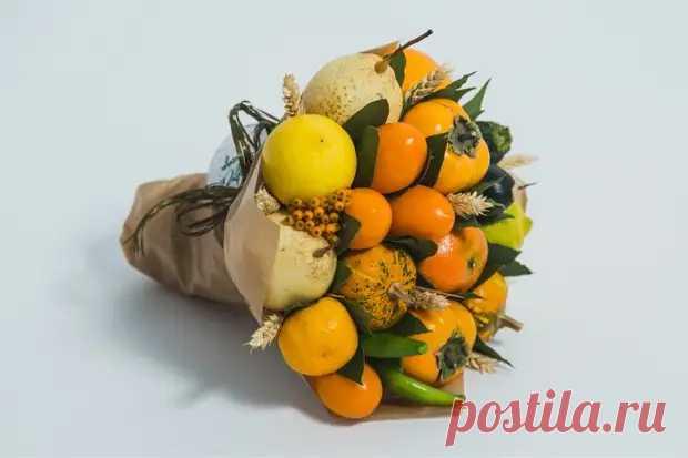 Как сделать оригинальный подарок — съедобный букет из фруктов - Сам себе мастер - медиаплатформа МирТесен