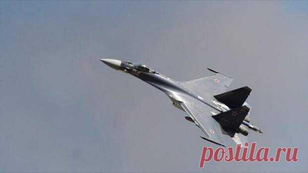 «Ваня, бей, а я прикрою»: Американцы возмущены «безрассудностью» российских пилотов - Взгляд - медиаплатформа МирТесен Русские асы запугали американских летчиков непонятным словом «ибо» Пилоты US AIR FORSE в шоке от действий российских лётчиков в небе — в академии ВВС США в Колорадо Спрингс их, видимо, не учили таким жёстким действиям и опасным манёврам в небе. А ещё не учили, что приближаться к чужому воздушному