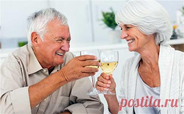 Bыпивка для пожилых людей полезнее спорта