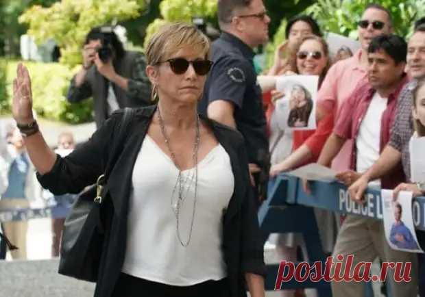 Как сложились судьбы четырех самых ярких актрис культового сериала 1990-х «Беверли-Хиллз, 90210» Звезды сериала *Беверли-Хиллз, 90210* | Фото: pozitiffchik.comОдним из самых популярных молодежных телесериалов 1990-х гг. стал «Беверли-Хиллз, 90210». Спустя почти 30 лет на экраны вышло его продо…