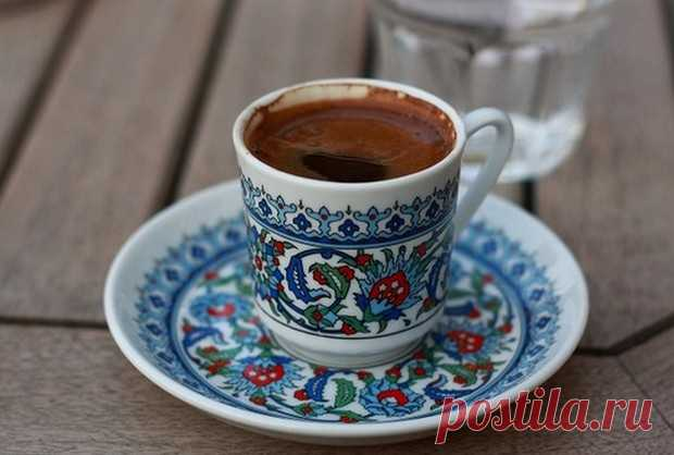 Эти 2 ингредиента в утренний кофе! Ваш жир с живота исчезнет, а ваш метаболизм будет быстрее, чем когда-либо - Женский Журнал Чашечка свежего, вкусного кофе по утрам поможет вам улучшить здоровье. Принимая кофе по утрам, кофеин, содержащийся в кофе, может дать толчок вашему метаболизму. К тому же, выпивая чашку, можно потерять несколько лишних килограммов. Добавьте некоторые простые ингредиенты в вашу обычную чашку кофе. Это поможет улучшить ваш метаболизм, сжечь больше ка...