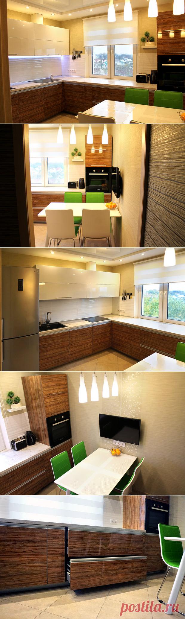 Светлая кухня со столешницей у окна — Наши дома