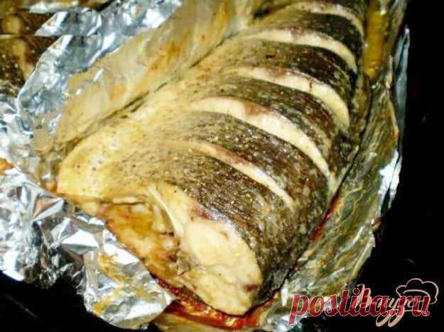 Маринованная рыба, запеченная в фольге.