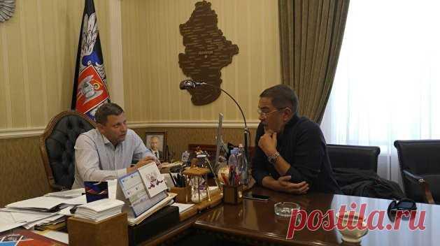 Глава ДНР Александр Захарченко: власть должна показать зубы