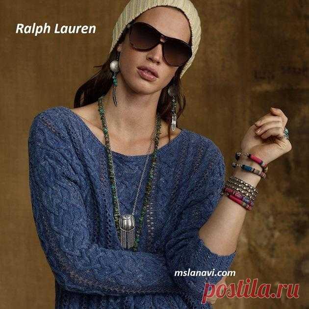 Свободный пуловер спицами от Ralph Lauren - Вяжем с Лана Ви Свободный пуловер спицами от Ralph Lauren— молодежная модель пуловера со спущенным плечом.Модный пуловер с широкой горловиной-лодочкой, которая плавно переходит в открытое плечо. Для такой горловины достаточно сделать вырез от середины одного плеча до середины другого,и тогда вы сможете носитьизделие в обоих вариантах. По выкройке, полотна спинки и переда связаны с расширением кверху, т.е. после 10 […]