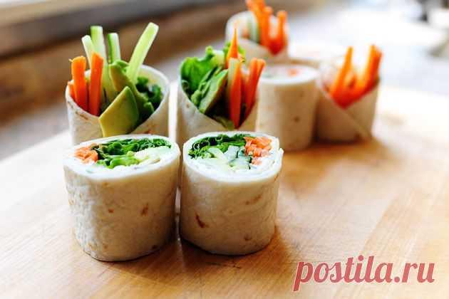 InVkus: Домашние мини-рулеты из тонкого лаваша с овощами и мясом.
