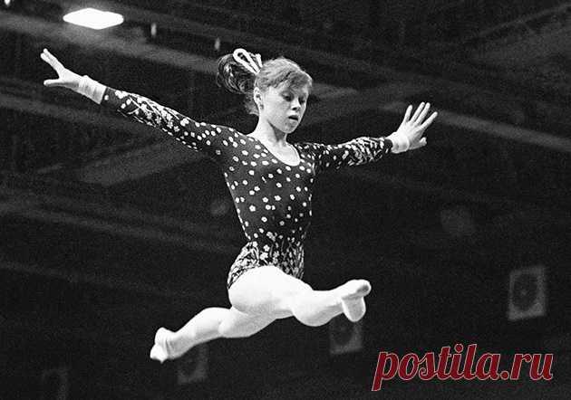 Биография Елены Мухиной – пример невероятного таланта и трудолюбия. Самая многообещающая советская гимнастка, которая в результате травмы на протяжении 26 лет была прикована к постели.