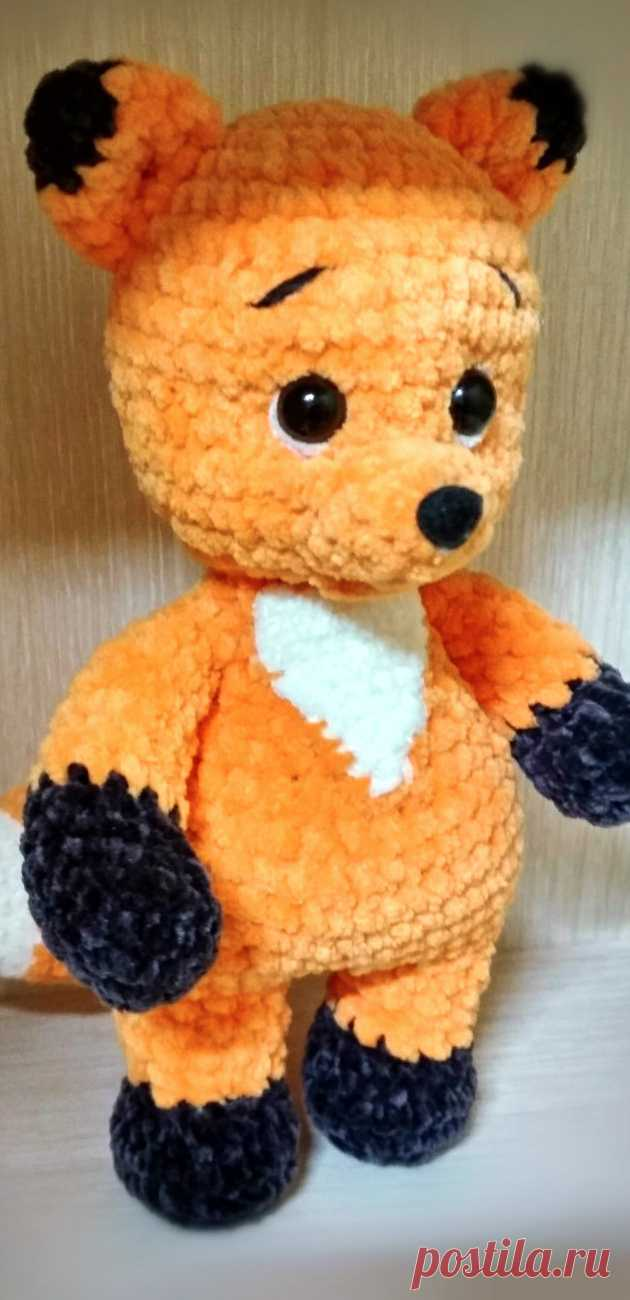 PDF Плюшевый Лисёнок крючком. FREE crochet pattern; Аmigurumi animal patterns. Амигуруми схемы и описания на русском. Вязаные игрушки и поделки своими руками #amimore - Лиса, лисица, лисёнок из плюшевой пряжи, плюшевая лисичка.