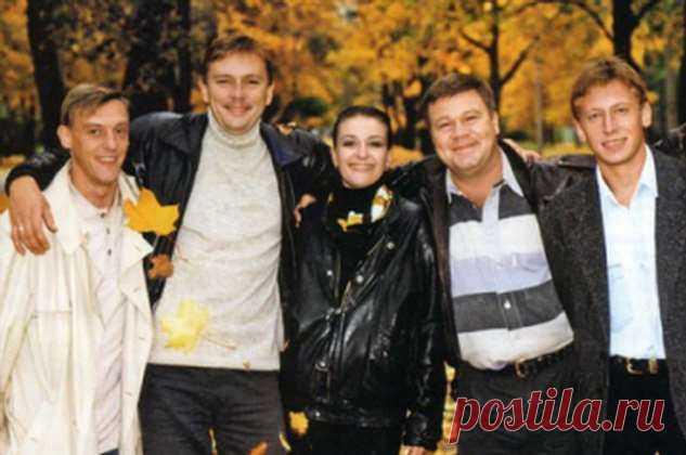 На 24 года моложе: ради юной студентки Селин бросил жену, с которой прожил более 20 лет   Офигенная
