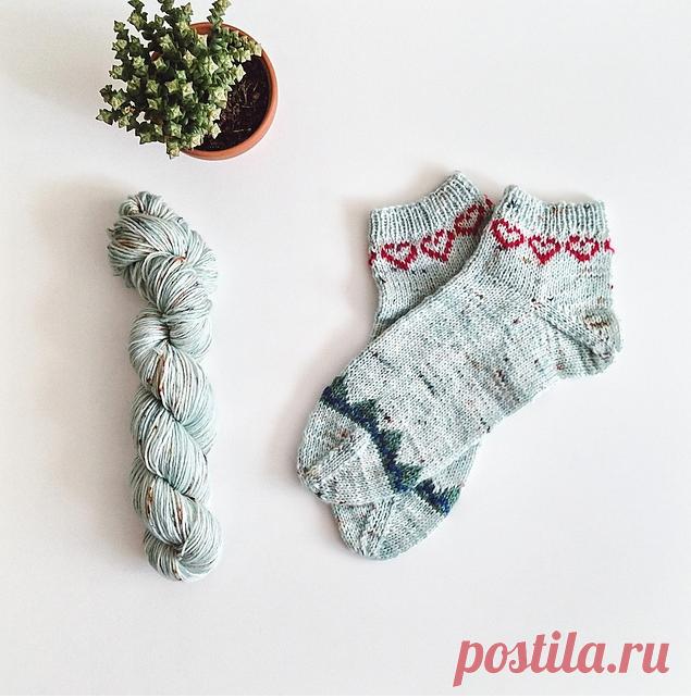 Узор для носочков sLOVEnia socks by Tea Bercek.
