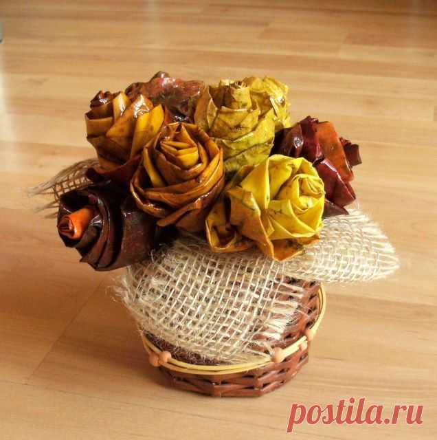 Подборка цветов из листьев