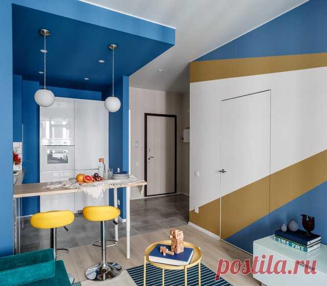 Марина Новикова и Ольга Луис создали интерьер для креативных сотрудников digital-агентства, которые любят современное искусство. Осталось найти таких и сдать им квартиру 😁.