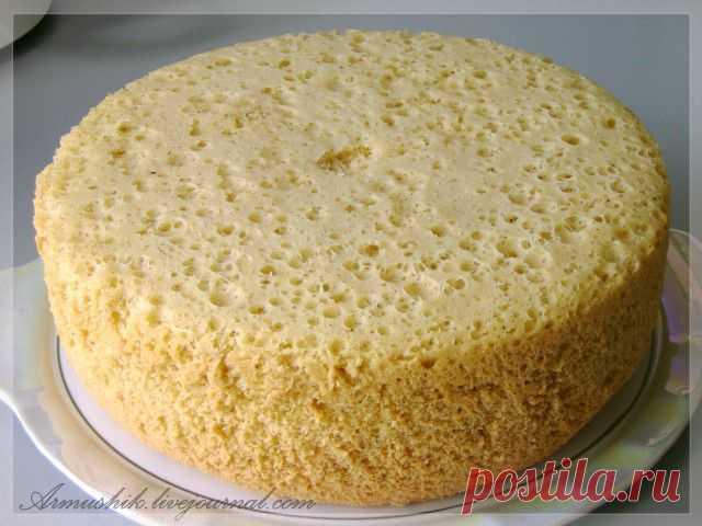 Высокий, нежный бисквит для торта (на плите).