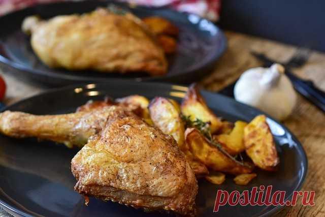 Вредна ли куриная кожица и какая от нее польза - Мужской журнал JK Men's Есть большое количество блюд, в которых присутствует кожица курицы. Вот только многие люди не перестают утверждать, что её лучше не употреблять в пищу.