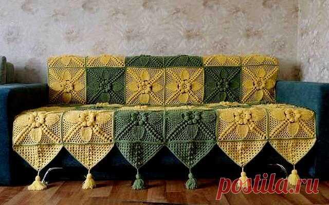 Пледы из мотивов с объемным рисунком и ажурные покрывала для вашей коллекции: вязание крючком