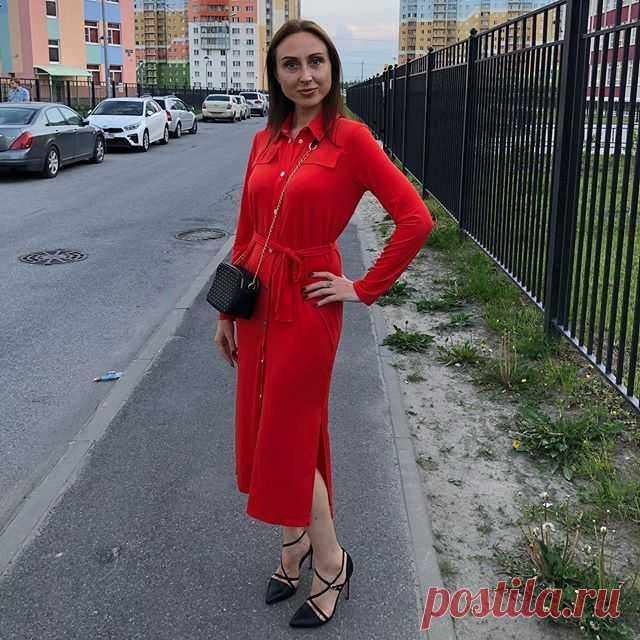 Photo by Светлана Торуля in ЖК Новая Охта. На изображении может находиться: 1 человек, стоит, обувь и на улице