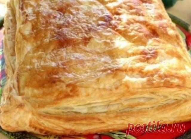 Обязательно приготовь — слоёное печенье из тыквы с сыром. Вкуснятина, которая полюбилась всем без исключения! Ингредиенты: — слоеное тесто — 500 г, — твердый сыр (любой) — 250 г, — тыква — 400 г, — оливковое масло — 50 г, — сухой тмин — 1/2 ч.л. — сахар — 3 ст.л,