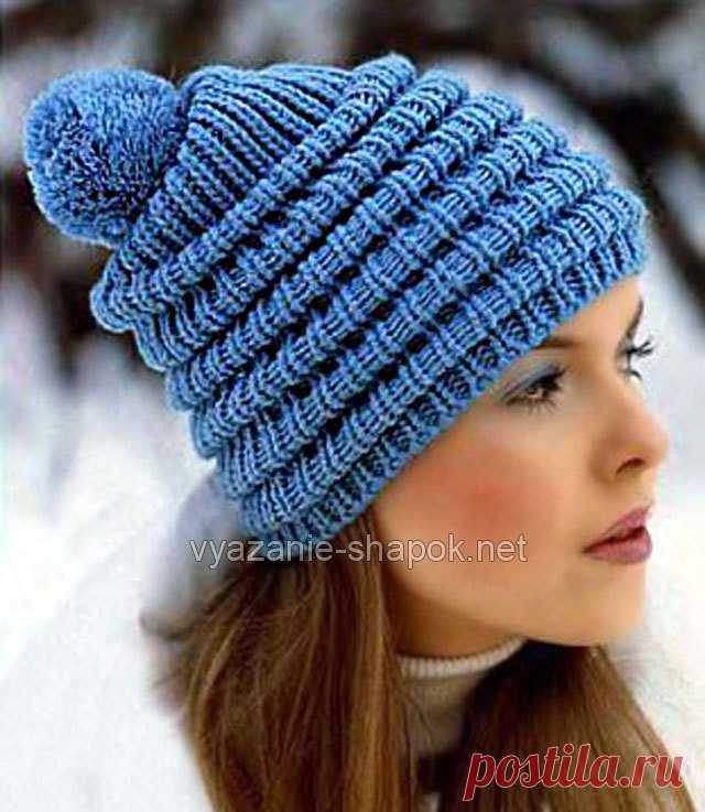 красивая зимняя шапочка со складками спицами вязание шапок