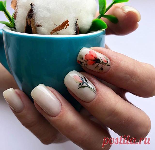 Нежный цветочный маникюр к летнему платью   Маникюр на любой вкус   Яндекс Дзен