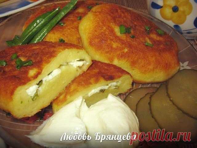 Картофельные пирожки с творогом. Отличное угощение к субботнему чаепитию!