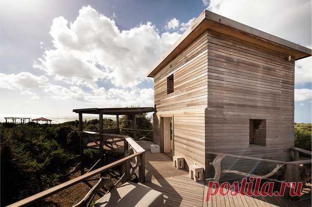 После реконструкции здесь настоящий отпускной дом с террасой