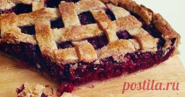 Американский вишневый пирог  Знаменитый  американский вишнёвый пирог ! Что тут ещё добавить? Это просто  восторг ! Если вы ещё не пробовали, обязательно попробуйте, а с...