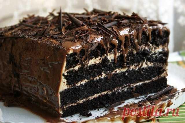 """Влажный шоколадный торт с ореховым кремом """"Победитель"""" Этот тортик произвел фурор в моей семье! Понравился абсолютно всем! Влажные шоколадные коржи, крем из орехового крема со сливочным сыром - это таааак вкусно!"""