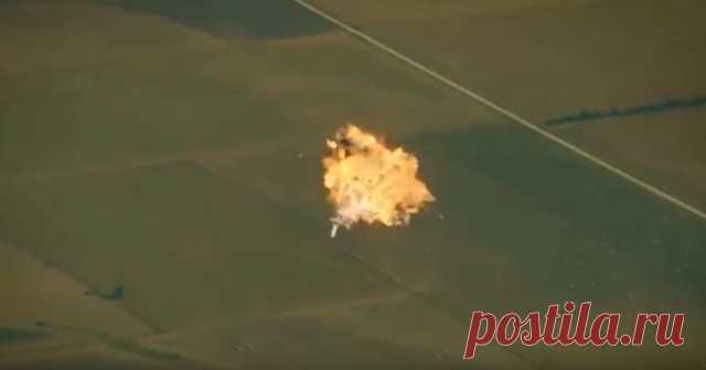 Видео: Илон Маск показал, как не нужно сажать ракеты