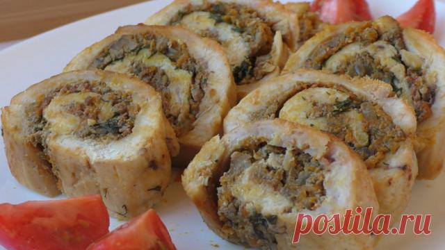 Рулет из куриной грудки банкетный с оригинальной начинкой – пошаговый рецепт с фотографиями