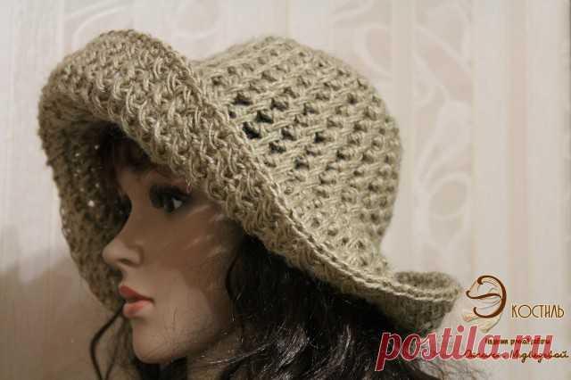 Шляпа с широкими полями, вязаная из джута