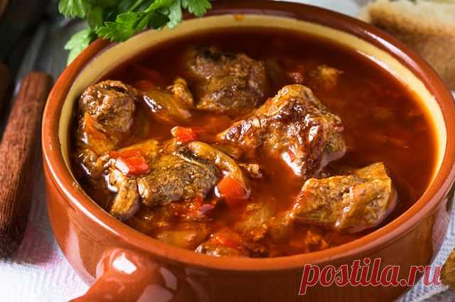 Goulash in Hungarian This dish traditionally prepares from beef, it very tasty and nourishing. Not without reason he was trained in Austro-Hungarian army for soldiers who passed thirty kilometers in day. As a garnish to goulash …
