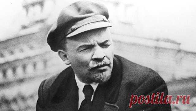 Владимира Ленина отлучали от церкви дважды. Причем второй раз случился уже в новейшей истории - в 2010 году. Не забывают про батеньку вождя!