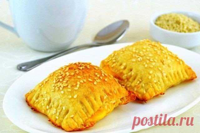 Слойки с сыром – быстрое угощение или перекус с собой!