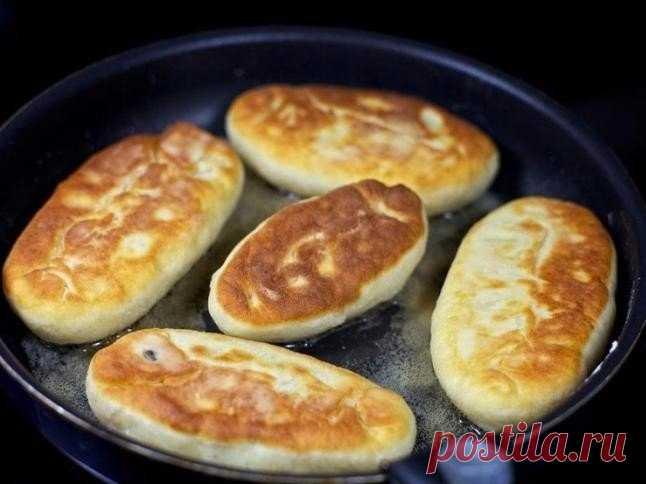 Быстрые пирожки на кефире - готовятся моментально!   • источник Домашняя Кулинария •             Быстрые пирожки на кефире - готовятся моментально!ИнгредиентыДля теста:стакан кефирапримерно 4 стакана муки2 яйца2 ст.л. растительного масла1 ч.л. соды2 ч…